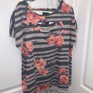 Tops - Never worn oversized edgy shirt